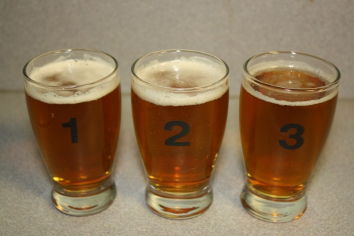 Because I'm bad at math, I poured the third one first, that's why it has less of a head.